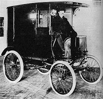 1900 Detroit Delivery Truck