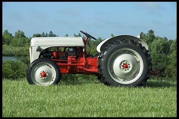 1950 Ford 8N
