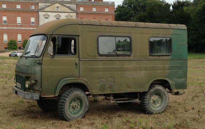 1971 SAVIEM TP3L39 4x4 Gun Bus