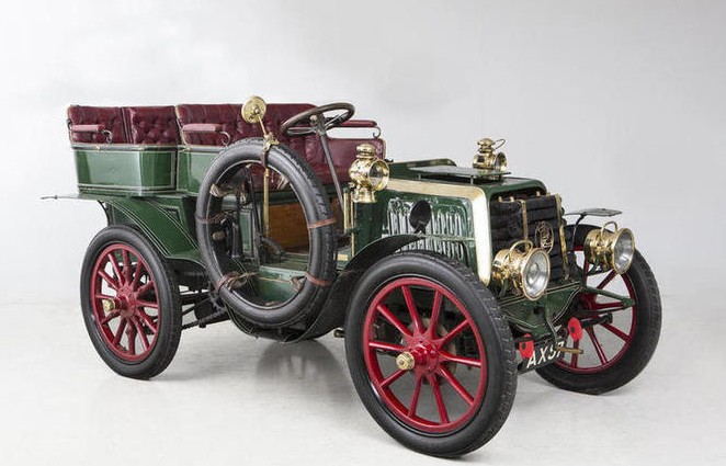 1902 Panhard et Levassor Type B1 12HP Four-Cylinder Rear-Entrance Tonneau by Labourdette