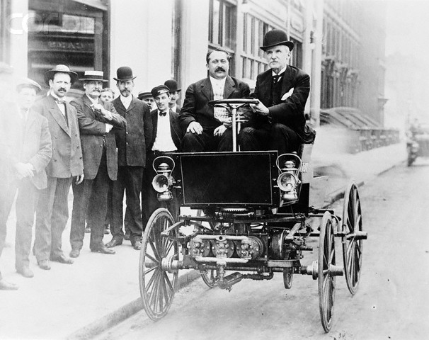 George Selden driving an automobile in 1905