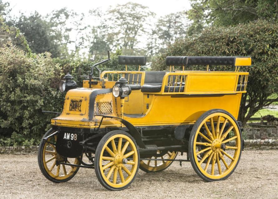 1898 Daimler Twin Cylinder 6hp Wagonette