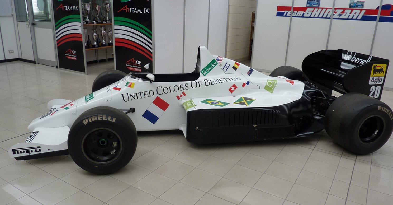 Photo - Silverstone Auctions