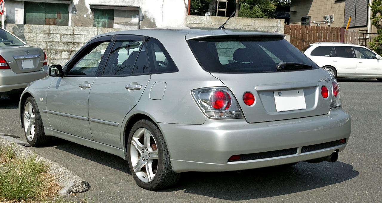 Toyota_Altezza_Gita_002